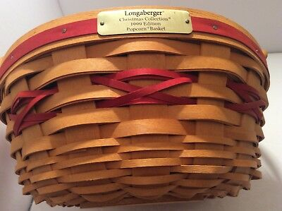 1999 Christmas Collection Longaberger Popcorn Basket w/ Holly Liner & Protector