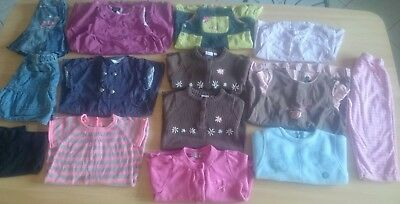 Lot (2)de 14 vêtements fille 23, 24 Mois