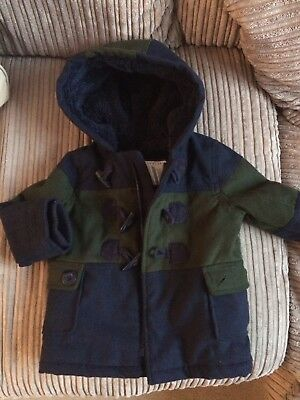 BNWOT Gorgeous Boys Mothercare Navy And Green Duffle Coat Size 18-24 Months