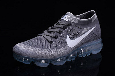 Nike Air Vapormax 2018 Men's (GryWhi)- Running Shoes Movement Fitness City Trail