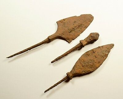 LOT OF 3 -ANCIENT ROMAN BATTLE IRON ARROW ARROWHEAD - c. 300-400 AD