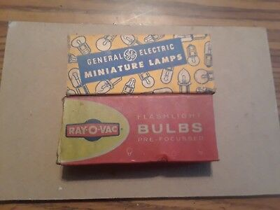 Vintage RAYOVAC flashlight bulbs + GENERAL ELECTRIC miniature radio bulbs ~ F/S