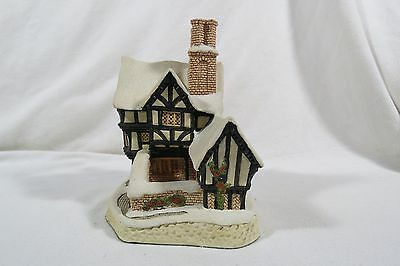 David Winter Christmas Collection 1990 Mister Fezziwig's Emporium -no box