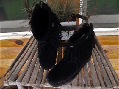 New Womens 6 Minnetonka Boot Moccasins - Black Suede Leather - Fringe - Conchos