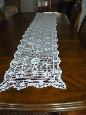 "Vintage White Bobbin Lace Table Runner Size 15""x74"""