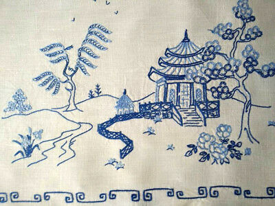 "Willow look/Oriental Large Centrepiece/mat ~Vintage hand embroidered 14""x 19.75"""