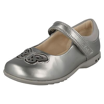Clarks Girls Mini Eden Silver Leather Smart Shoes F /& G Fittings