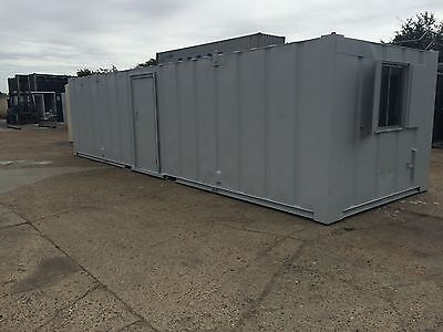 32' x 10' office container