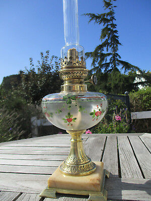 Superbe Lampe A Petrole Ancienne Emaillee