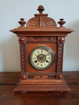 Antique 19th Century Junghans Walnut Mantle Clock with Key and Pendulum (Desk)