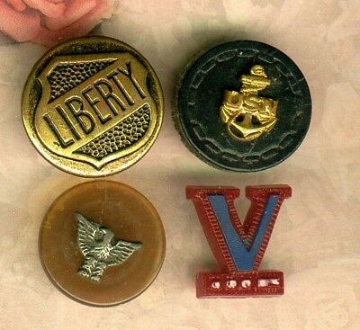 (4) WW 2 Patriotic Buttons