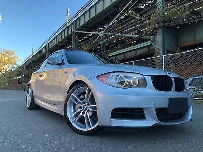 2012 BMW 1-Series M Package ABSOLUTELY FLAWLESS 135i 6 SPEED MANUAL M PERFORMANCE PKG CLEAN TITLE AND CARFAX