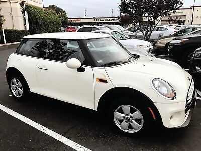 2015 Mini Cooper  2015 Mini Cooper 2D Hardtop from first owner