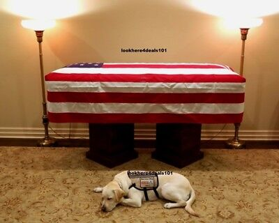 PRESIDENT GEORGE H.W. BUSH Photo 8X10 Service Dog Sully In Front of Casket