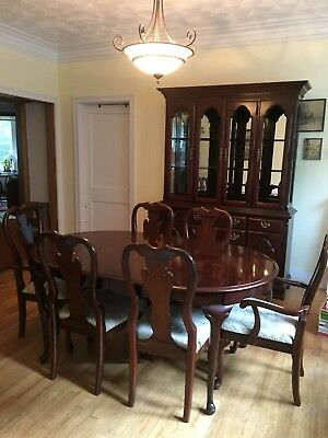 Queen Anne Cherry Dining Room Set (table, chairs, hutch)