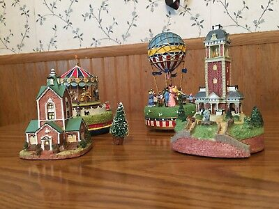 liberty falls christmas village collection - good condition