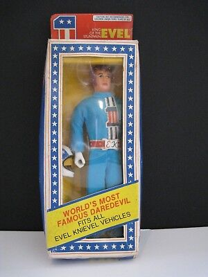 ☆ Vintage Evel Knievel Action Figure - NEVER REMOVED FROM ORIGINAL BOX.