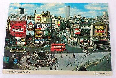 Piccadilly Circus, London - Postcard