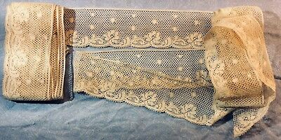 """0055 Antique Mesh Grounded Bobbin Lace, 1 1/2"""" X 16'"""
