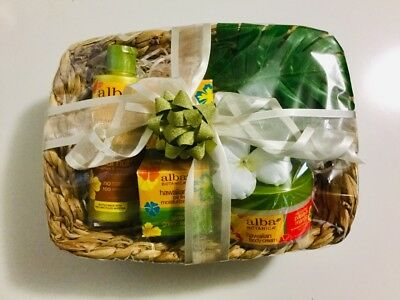 Gift Hamper - Health/Beauty - Hampers - Oils - Soaps - Lotions - Miscellaneous