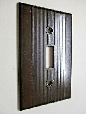 1 Vintage Leviton Switch Plate Wall Cover Art Deco Brown Bakelite Ribbed Lines