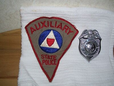 Obsolete Conn. Auxiliary State Police Badge 881 With Shoulder Patch