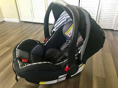 Graco Snugride 35 LX Click Connect Black and Gray Infant Baby Car Seat (No Base)