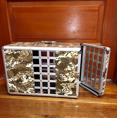 Aluminum Hard Case Pet Carrier (small)