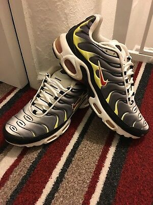 buy online b8d91 c6e0c VINTAGE NIKE TN Air Trainers Size 9 Black/Grey/Yellow