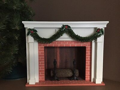 Byers Choice Accessory Fireplace With Christmas Garland 2001