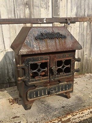 Small Antique VTG Ornate Cast Iron Metal Parlor Wood Burning Stove Cabin Lodge