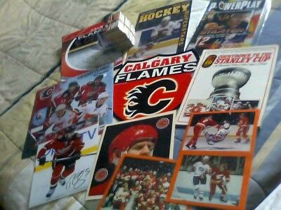 A Nhl Old Calgary Flames Collector Team Lot