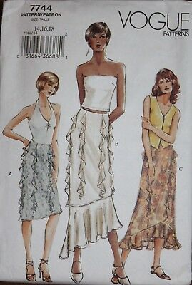Vogue Pattern 7744 semi-fitted straight/A-line skirt, variety of  flounces 14-18