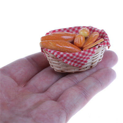 1/12 Dollhouse Miniature Bread/ Toast on a Basket Simulation food Kitchen HK
