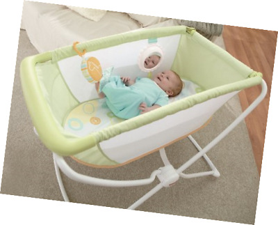 Fisher-Price Rock 'n Play Portable Bassinet Green