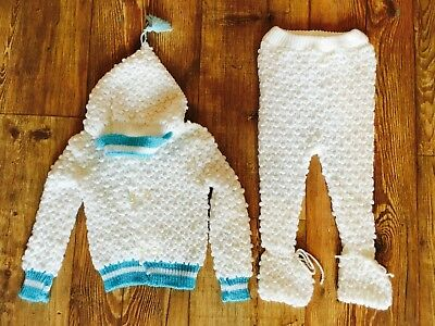BN VTG PlaySuit BabyGrow 70's Boys 0 - 6 months 2 Piece C&A Knitted HOOD Booties
