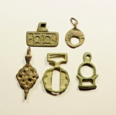 Great Lot Of 5 Ancient Roman To Viking Era Bronze Pendants - Nice Artifacts