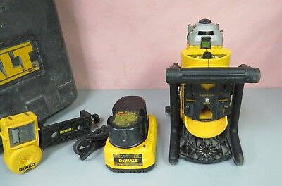 Dewalt DW073 Cordless Rotary Laser Level & DW0732 Laser Detector in Case