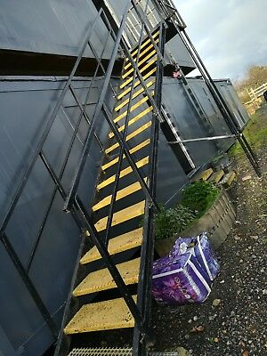Portable cabins shipping container Stairs case steps 20ft / 40ft