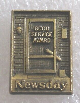 Vintage Newsday Newspaper Good Service Award Pin Paper Delivery Boy