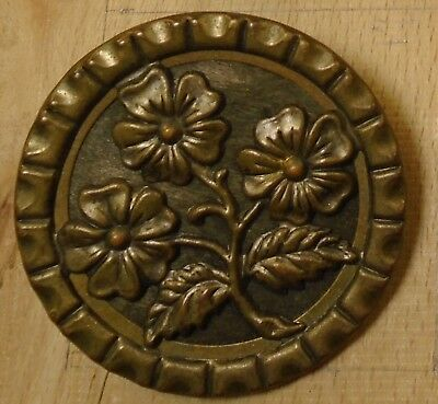 """NICE 1 1/2"""" High Detail FLowers Metal Antique Button 756:6"""