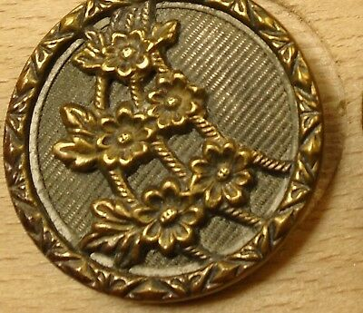 """NICE 15/16"""" Flowers Metal Antique Button 756:22"""