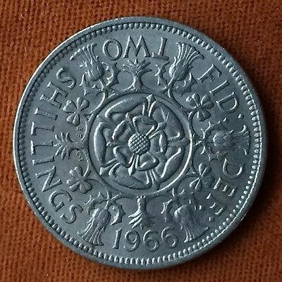 UK Great Britain  Two Shillings 1966 Large Silver coin  Great Condition!  b08