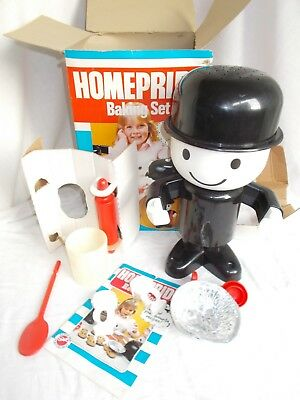 Vintage Peter pan Homepride Baking Set, complete and Boxed - ref820