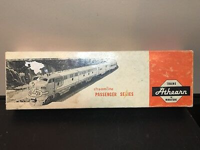 Vintage Trains Athearn In Miniature. Streamline Series. New Haven #3246