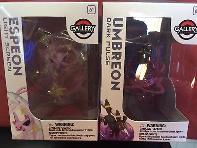Pokemon Center Pokémon Gallery Figures Umbreon & Espeon Dark Pulse Light Screen