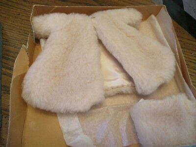 HTF 1950's Vintage Madame Alexander Cissette Doll Faux FUR COAT & MUFF in Box