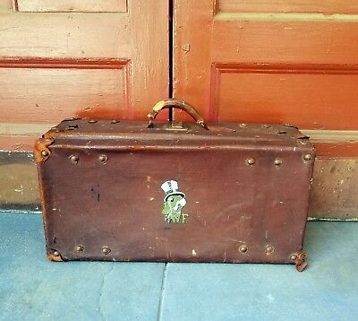 Vintage WAKE FOREST Demon Deacon LEATHER SUITCASE Distressed MEREDITH COLLEGE