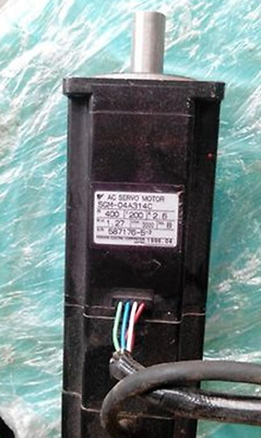 1PC USED Yaskawa Servo Motor SGM-04A314C #RS19