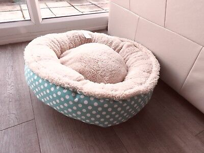 Cat/small Dog Donut Pet  Bed Stinky G /  Designer ( New With Cover )